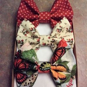 Whispering Butterfly Floral Bow Box